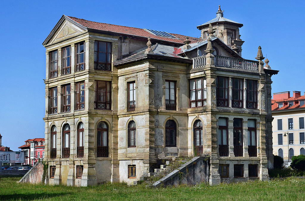 Giant Asturian Mansions
