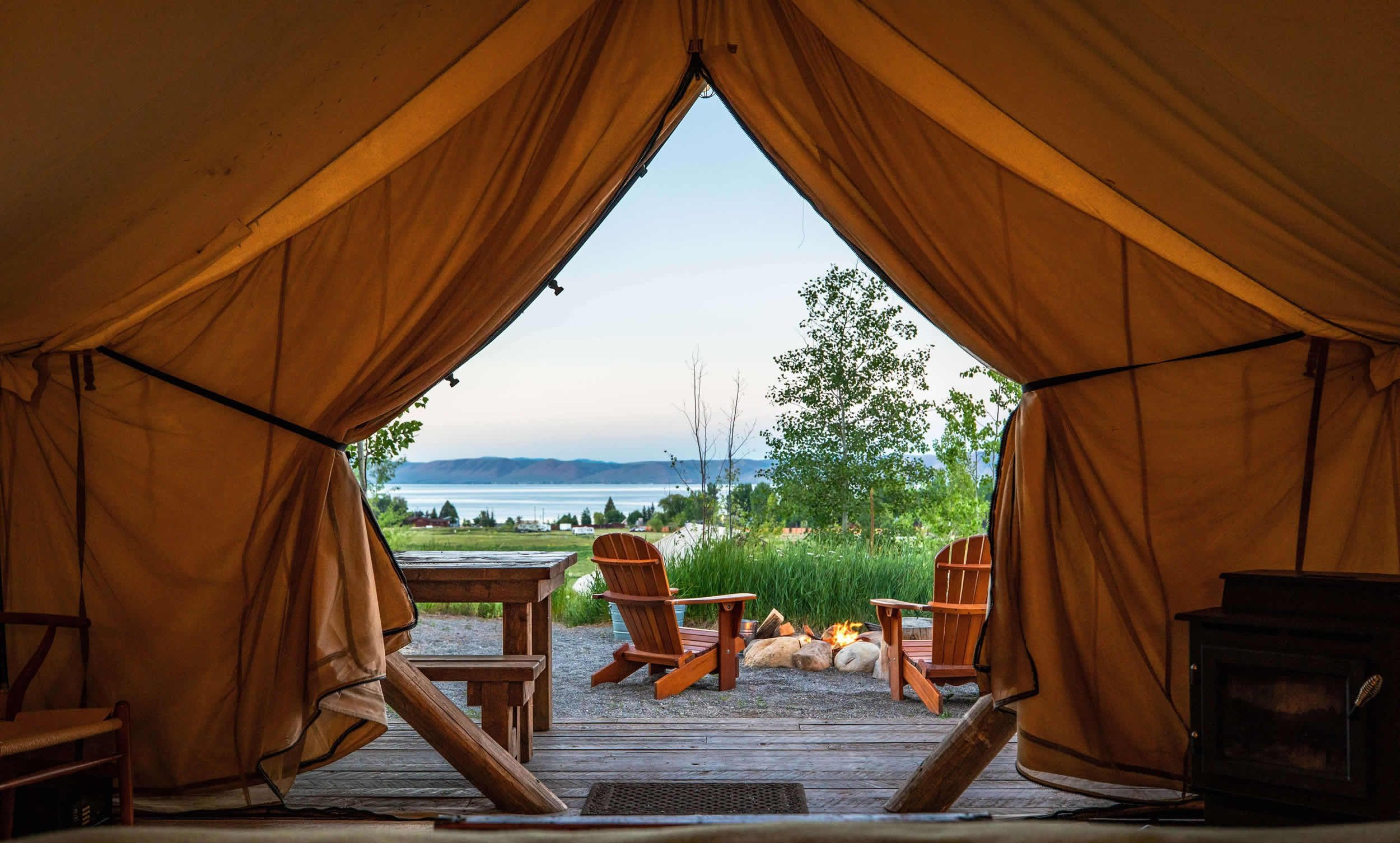 6 Best Glamping Spots in the UK