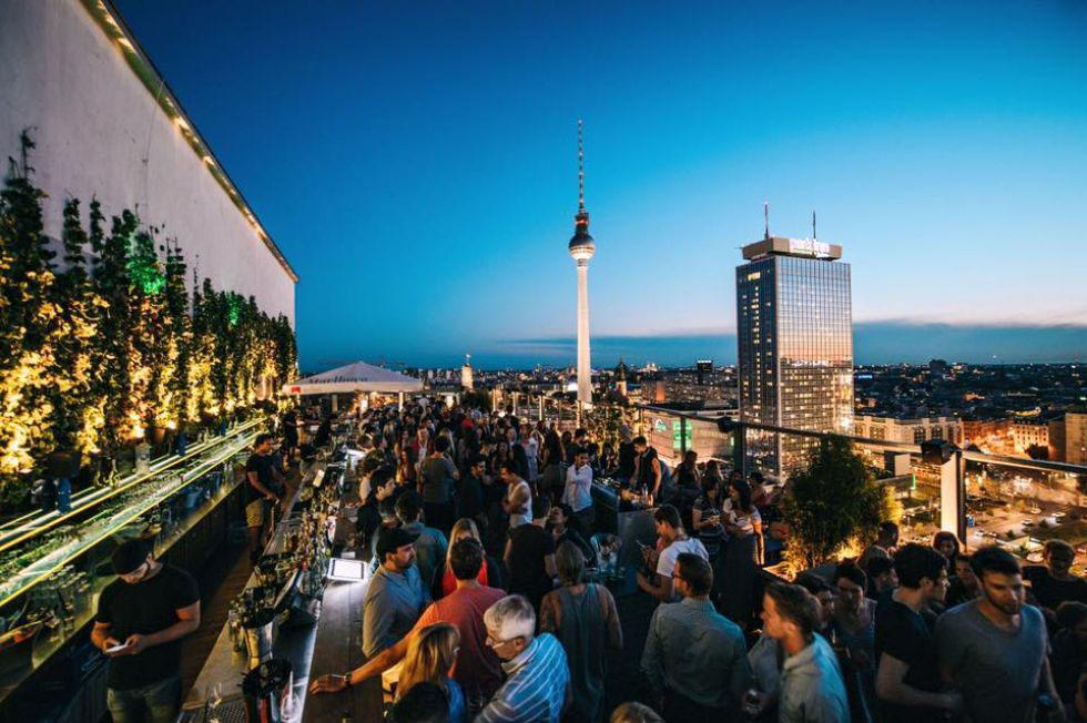 Berlin: Open Air Drinking